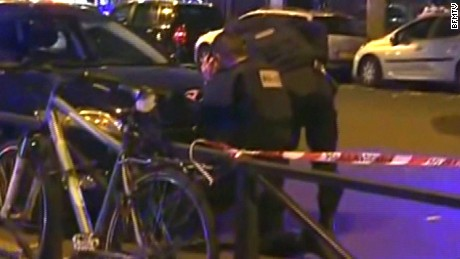 2 terrorist suspects killed, 7 keep after raid in Saint-Denis, officials tell
