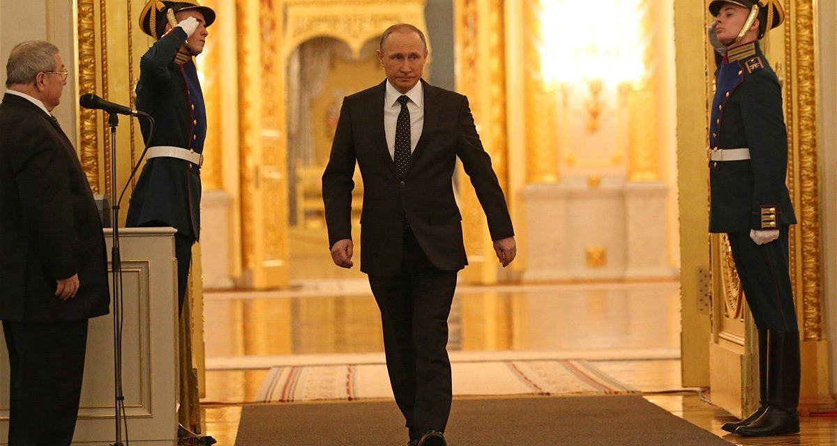 Walking like the KGB: get Vladimir PutinaEUR( tm) s aEUR~ gunslinger gaitaEUR( tm)
