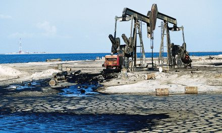 In OPEC Hotel, Dealmakers Bold Gambit Wins Saudi-Iran Agreement