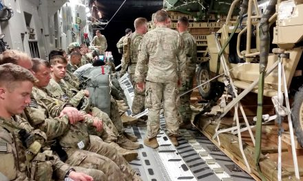 UNITED STATE Paratroopers Drop Into Poland to Send Putin a Message