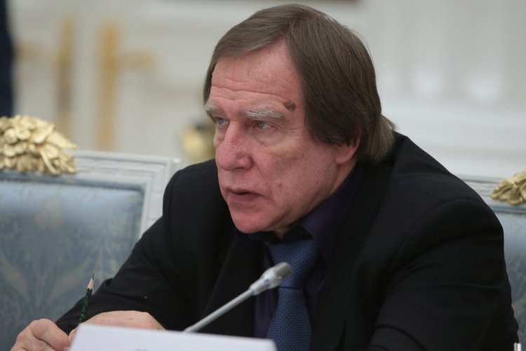 Putins Mysterious Music Man Moving Billions inch Panama