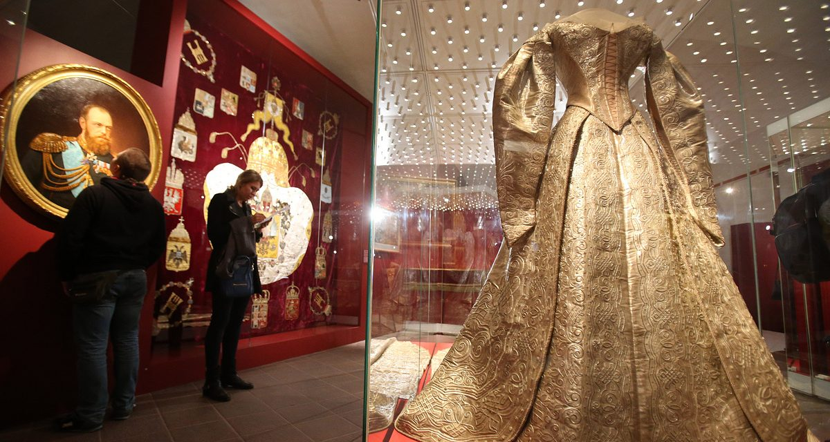 Record 2.5 mln people visit Moscow Kremlin Museums in 2016 – TASS