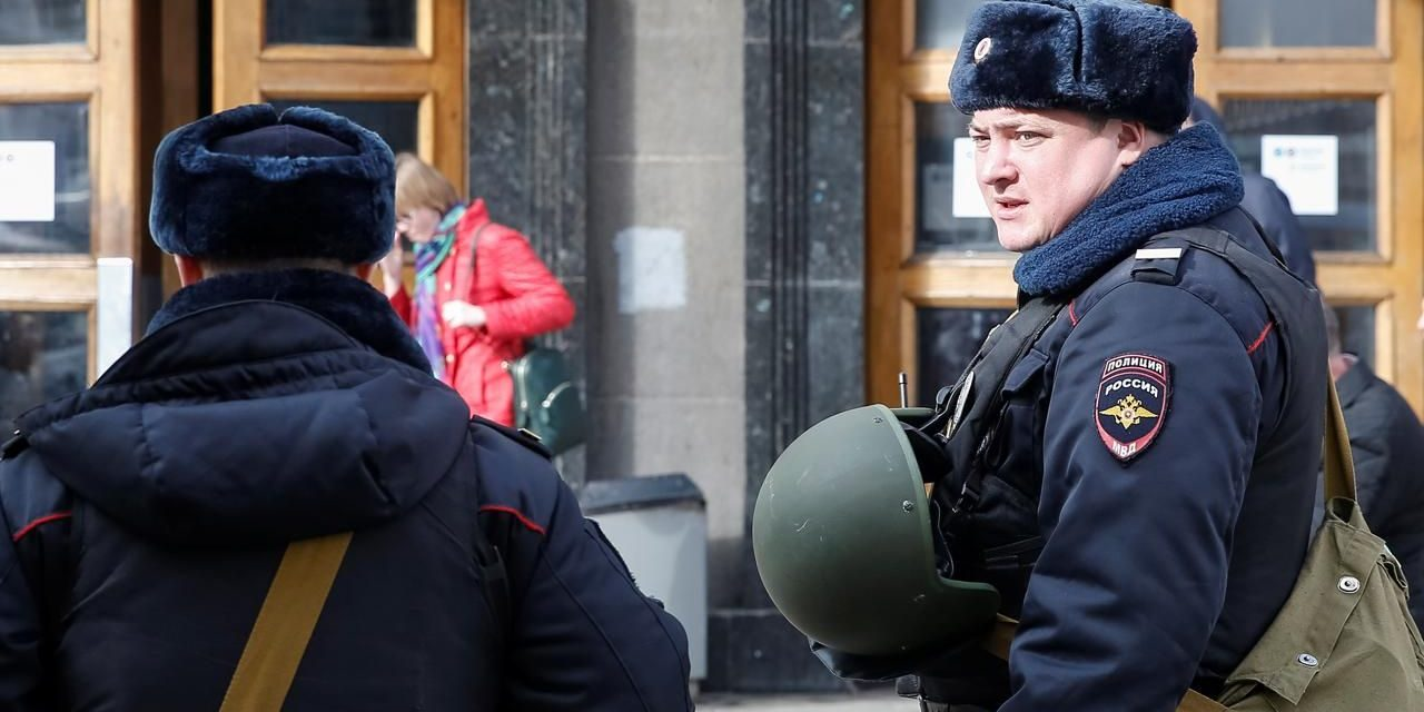 8 detained aboutSt Petersburg battle