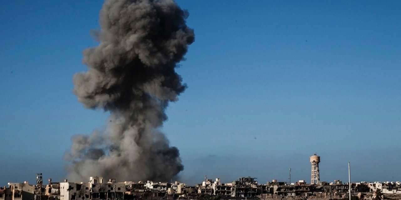 Obama Expected To Widen Airstrikes Against Isis In Libya Another Month