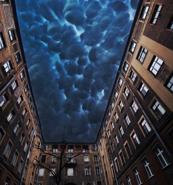 "Cumulus darken ""Tolstoy's House""St Petersburg, Russia -a X-post from/ r/ images currently on the top"