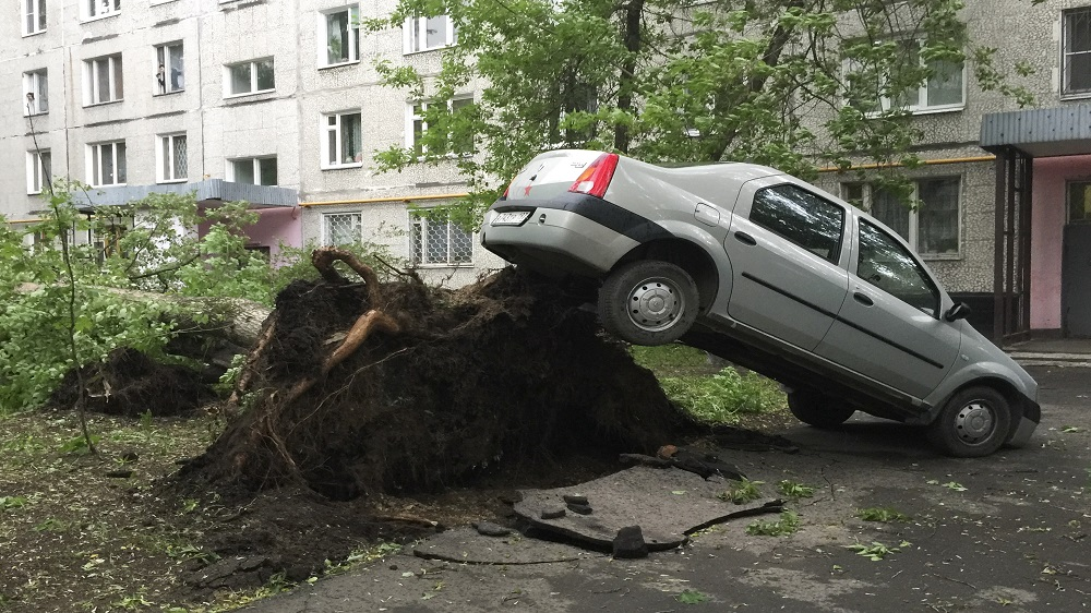 Sixteen eliminated and also ratings injured in Moscow tornado -Aljazeera com