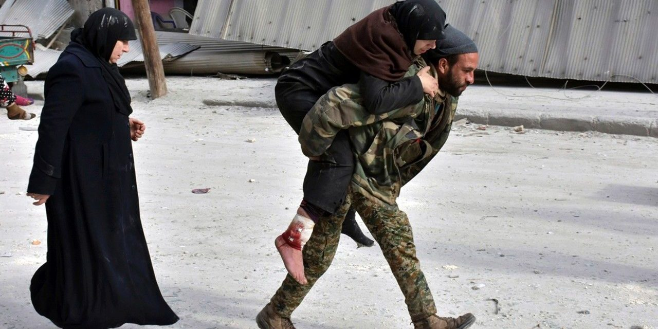 Syria rebels retreat in Aleppo amid 'terrifying' collapse