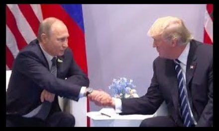 {VERY FIRST President Trump & & Vladimir Putin Face to Face Meeting 7/7/17