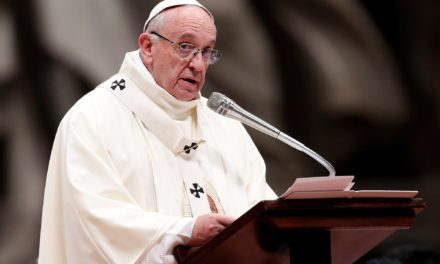 Pope Francis Pens Letter to Assad in Plea for Peace in Syria