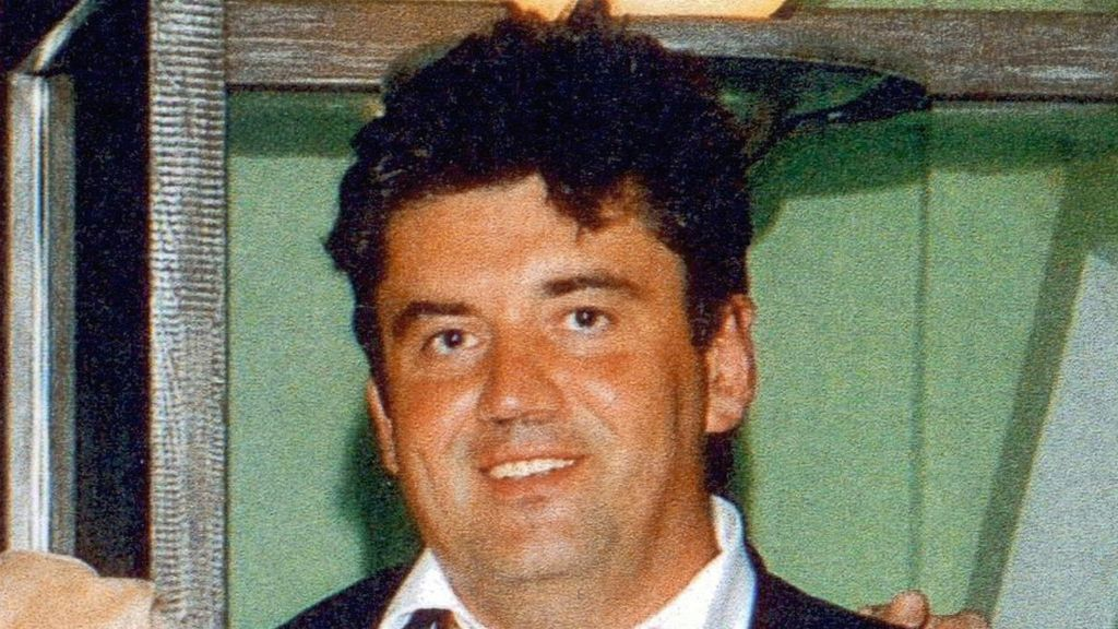 Alexander Perepilichnyy inquest: Whistleblower got 8m insurance coverage – BBC News