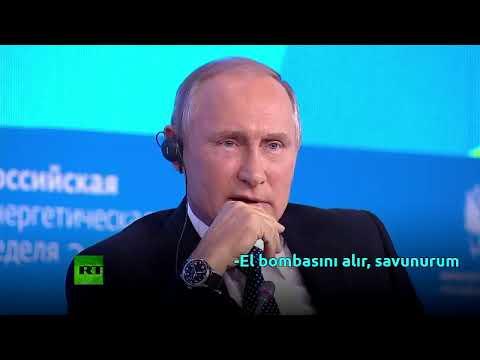 Putin's informing a joke