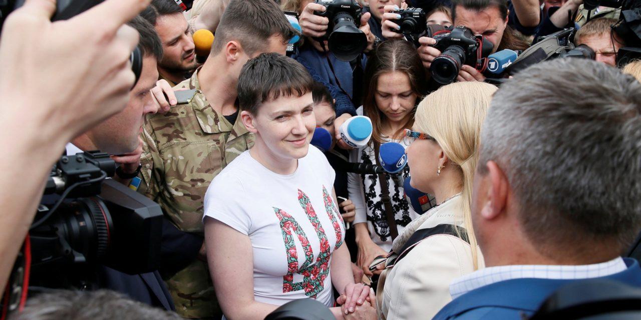 Russia Frees Feisty Woman Fighter Pilot Nadiya Savchenko