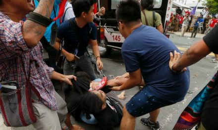 3 Students Hurt After Police Van Rams Into Protesters Outside Us Embassy In Philippines