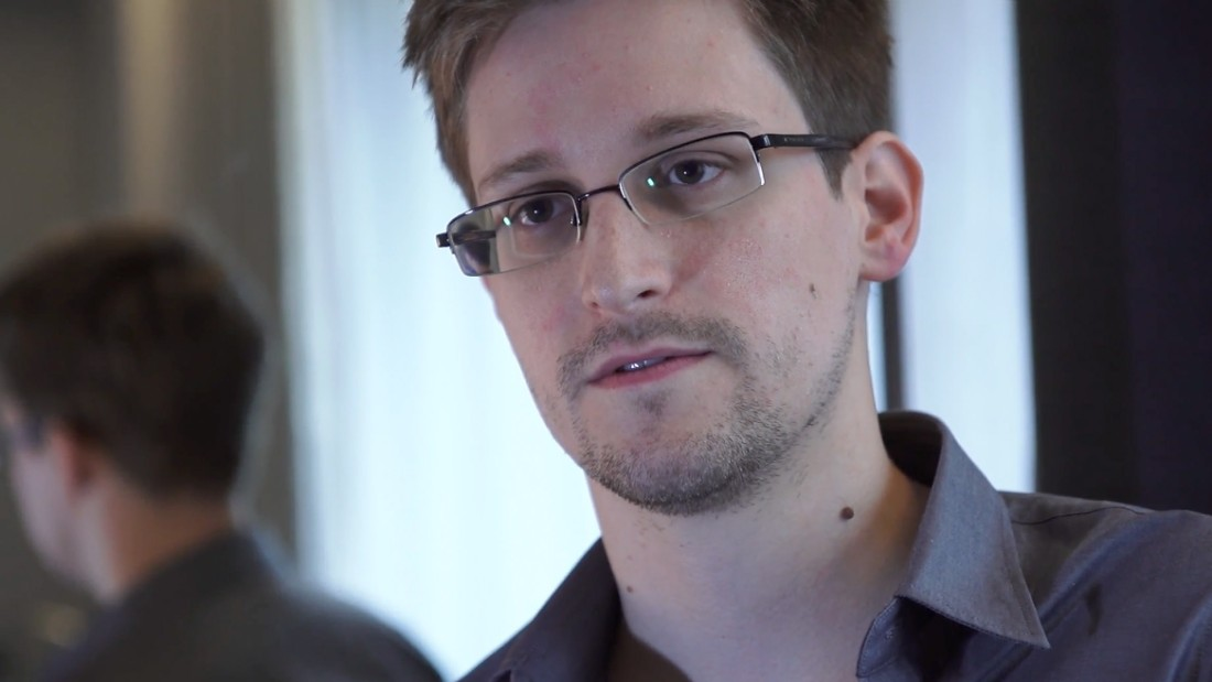 Russia prolongs Edward Snowden's asylum to 2020