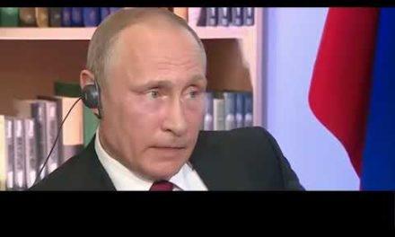 Putin: Hombres con maletín y trajes negros controlan Estados Unidos