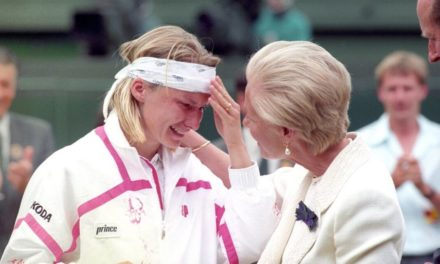 Jana Novotna as well as 6 various other remarkable teary sports celebrities