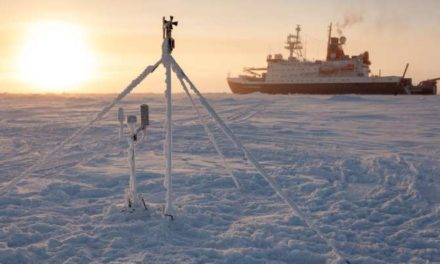 Research Ship To Be Purposely Frozen In Arctic Ice To Drift Across The North post