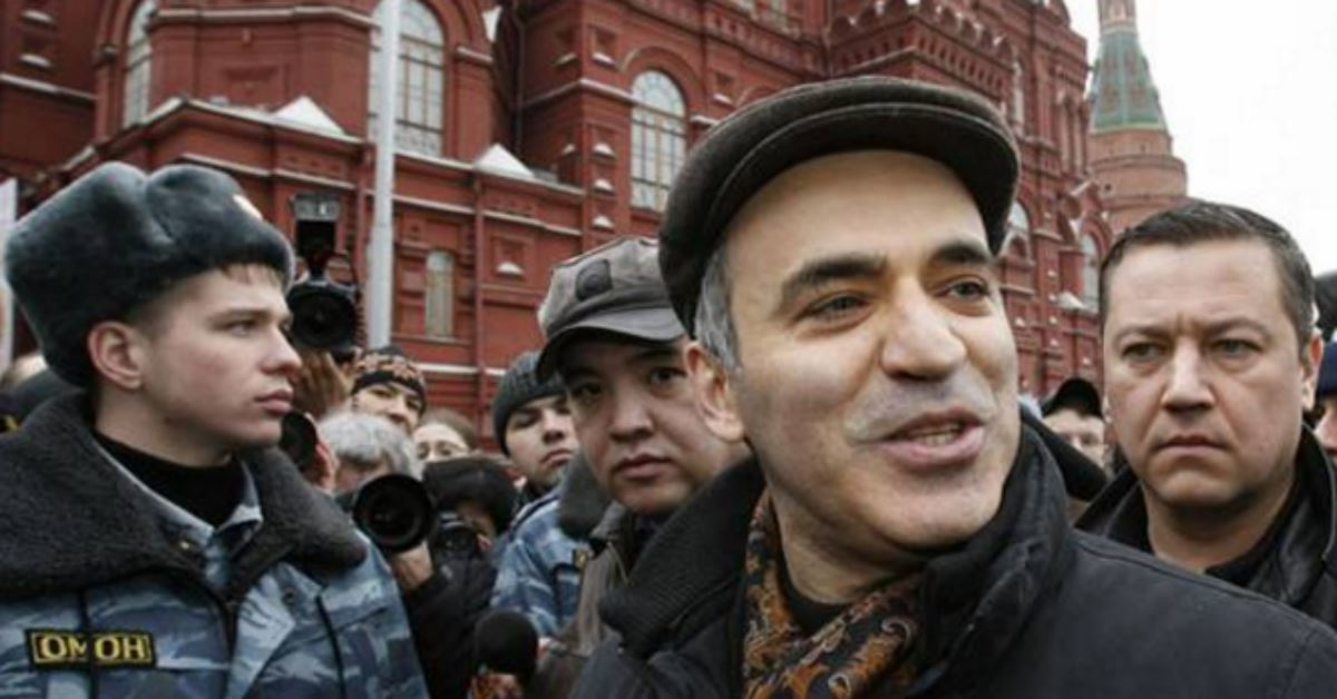 Garry Kasparov calls Donald Trump a 'NationalSocialist'