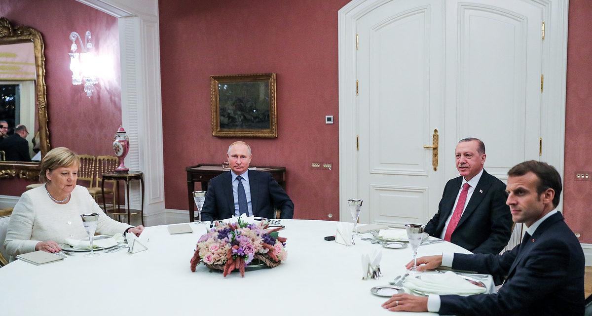 Putin brings Siberian berries, nuts to his Istanbul top associates– spokesperson – TASS