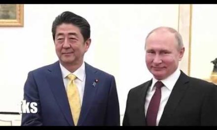 Vladimir Putin Holds Talks with Shinzo Abe in the Kremlin