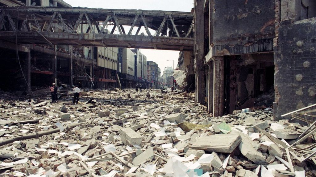 Manchester IRA bomb: Terror surge kept in mind 20 years on – BBC News