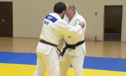 Putin takes section adit coaching consultation along with Russian judo champions