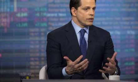Scaramucci Says He Fears John Kelly Will Thwart SkyBridge Sale