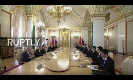 LIVE: Chinese President Xi satisfies Putin in Moscow (ENG)