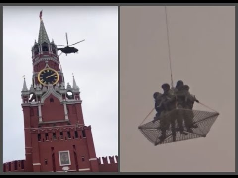 Armed soldiers flying near Kremlin in web put on hold from helicopter … Wait, what??