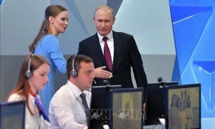 Nh ững phát biểu ấn tượng của Tổng thống Putin trong cuộc giao lưu trực tuyến toàn dân