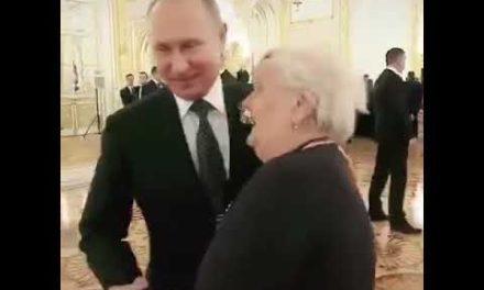 Russian President Putin appreciates his instructors, Salute such commitment