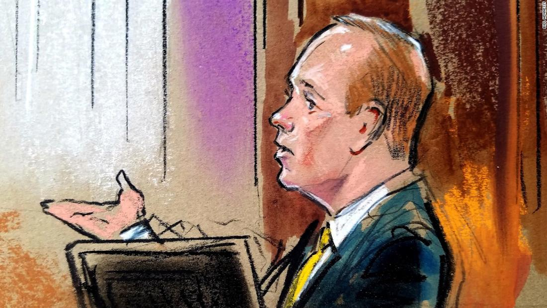 Gates and also Manafort, a story awash in conceal millions and also dishonesty