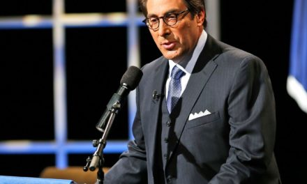 Trumps Lawyer Uses Radio Show to Chip Away at Mueller Probe