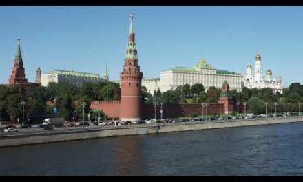 Moscow Kremlin River 4k