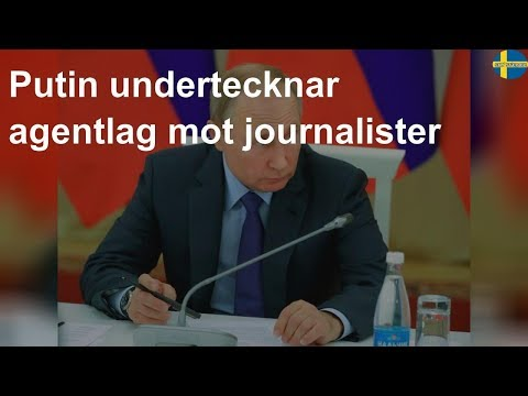 Putin undertecknar agentlag mot journalister