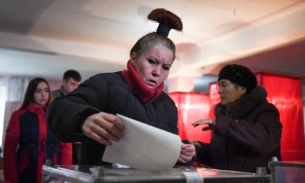 Separatists win enact Ukraine rebel areas by huge margins