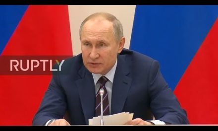 [REFEED] Putin chairs assembly along with running workforce above breather amendments